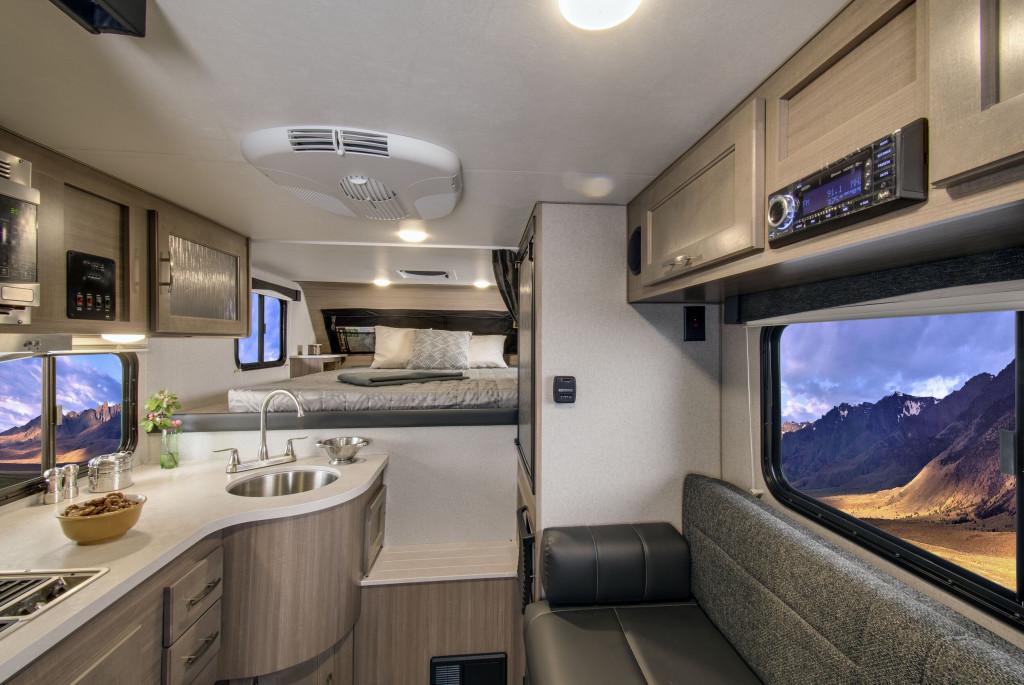 Adventurer 80RB Truck Camper 2021